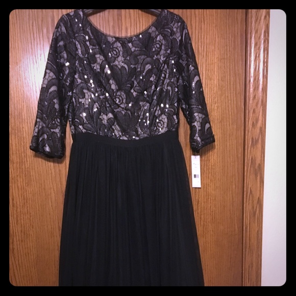 Formal Long Dress Sleeves Beads 8 Nwt